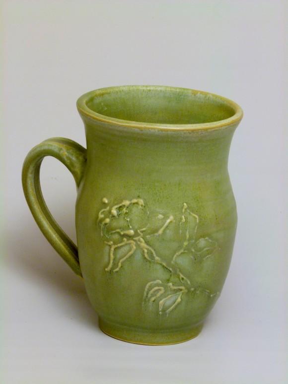 Slip trailed mug